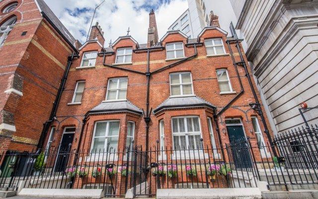 Отель LBS Victoria Великобритания, Лондон - отзывы, цены и фото номеров - забронировать отель LBS Victoria онлайн вид на фасад