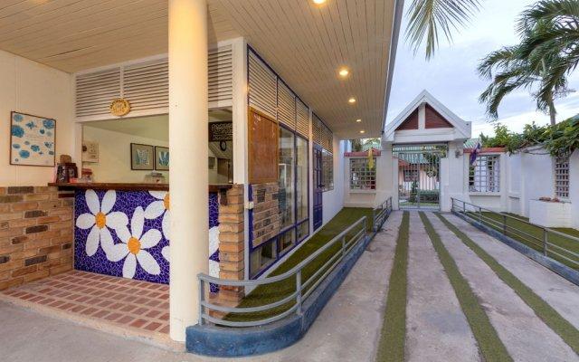 Отель Wind Field Resort Pattaya вид на фасад