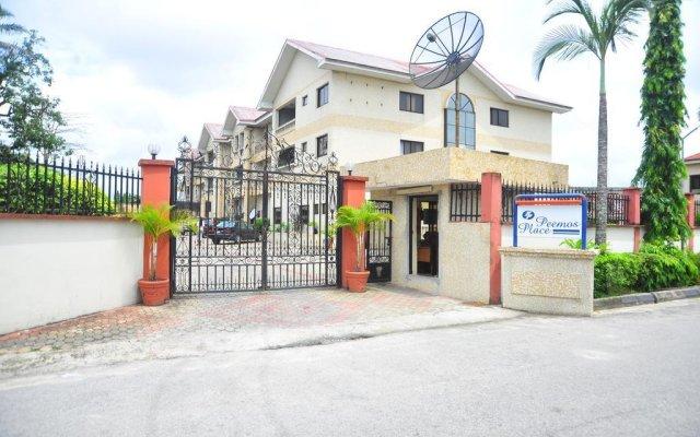 Отель Peemos Place Warri вид на фасад