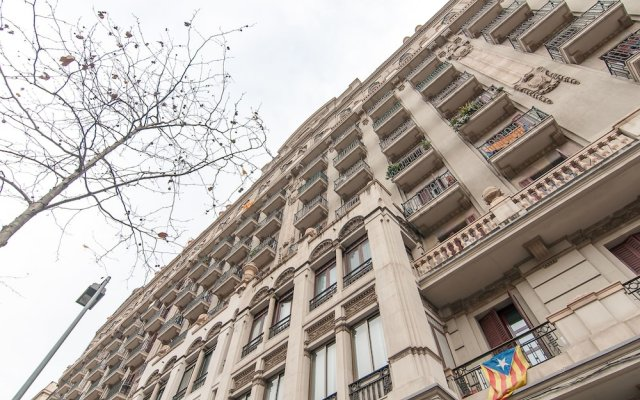 Апартаменты Montaber Apartments - Plaza España Барселона вид на фасад
