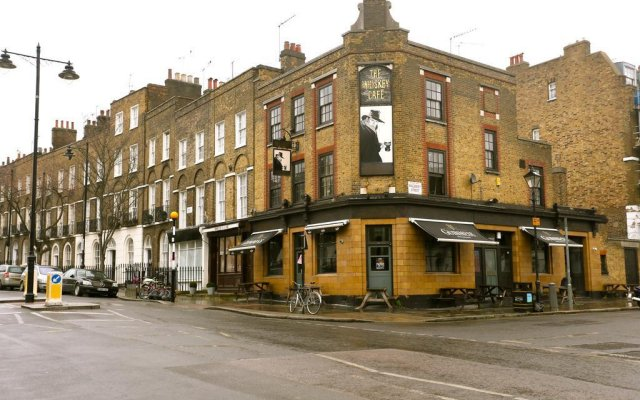 Отель Short Lets In London - Angel Лондон вид на фасад