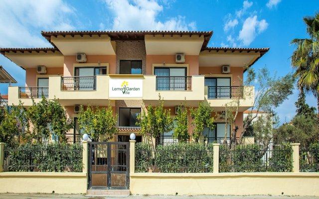 Отель Lemon Garden Villa Греция, Пефкохори - отзывы, цены и фото номеров - забронировать отель Lemon Garden Villa онлайн вид на фасад