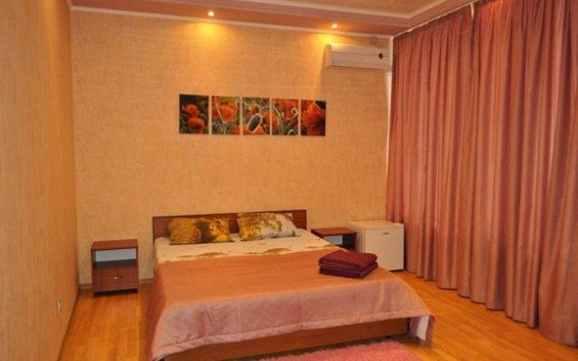 Мини-отель Лайф на Революционной комната для гостей