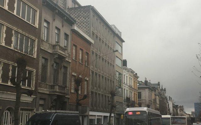 Отель Privilege Guest House Антверпен