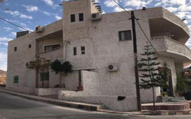 Отель Esperanza Petra Иордания, Вади-Муса - отзывы, цены и фото номеров - забронировать отель Esperanza Petra онлайн вид на фасад