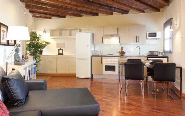 Отель Apbcn Gracia Terraced Барселона комната для гостей