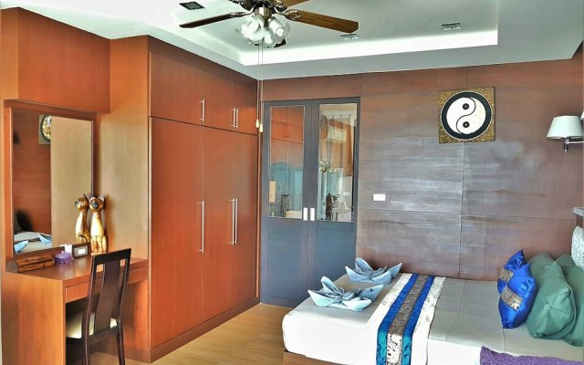 Отель Sea and Sky 6 Karon Beach by PHR Пхукет комната для гостей