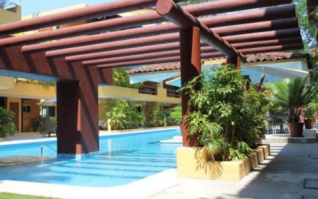 Отель Los Mangos Мексика, Сиуатанехо - отзывы, цены и фото номеров - забронировать отель Los Mangos онлайн бассейн