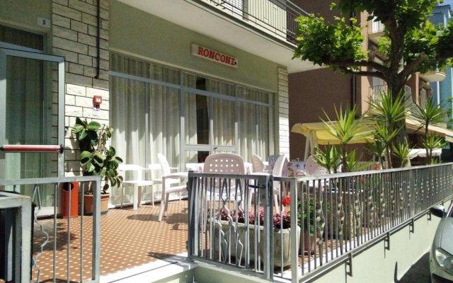 Hotel Ronconi вид на фасад