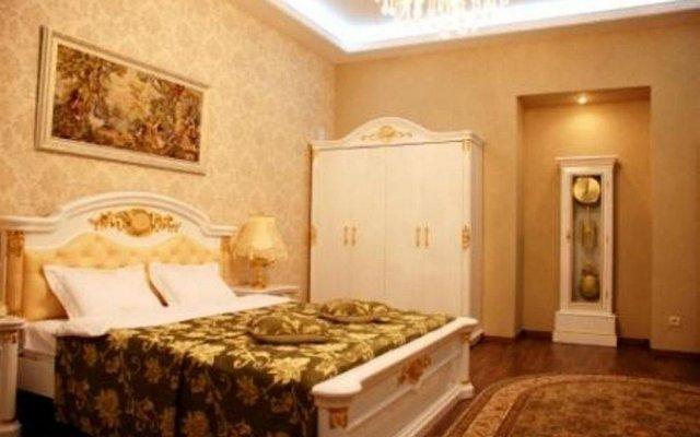 Апартаменты Опера комната для гостей