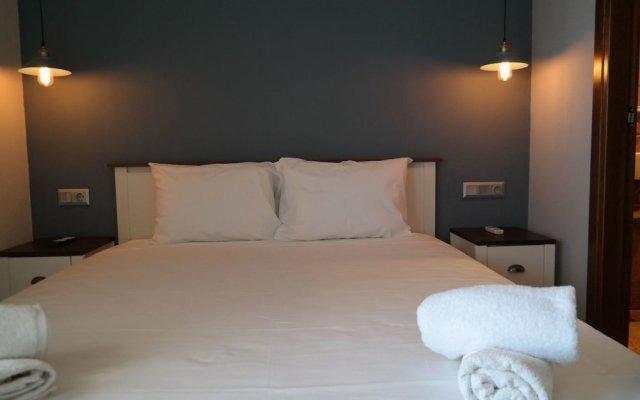 Отель Gyalos Beach Front Aparthotel Греция, Ситония - отзывы, цены и фото номеров - забронировать отель Gyalos Beach Front Aparthotel онлайн комната для гостей