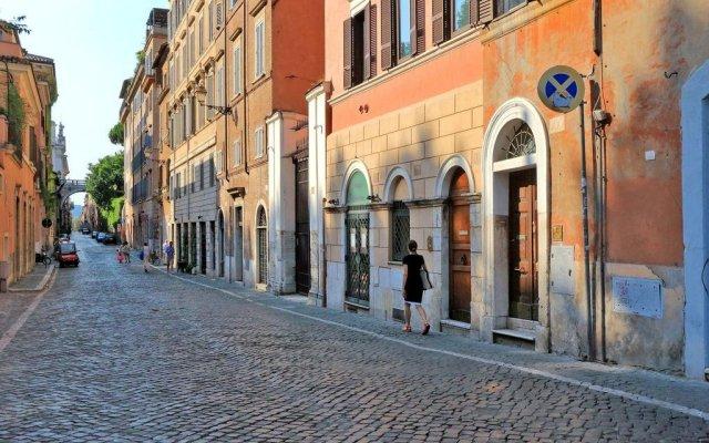 Отель Fiori Charme - My Extra Home вид на фасад
