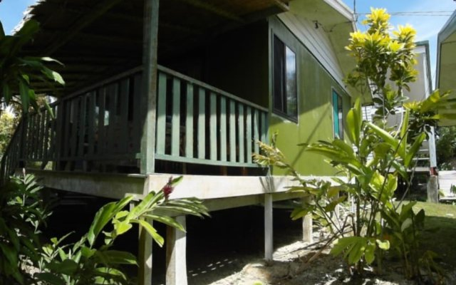 Agnes Gateway Hotel in Munda, Solomon Islands from 102$, photos, reviews - zenhotels.com hotel front