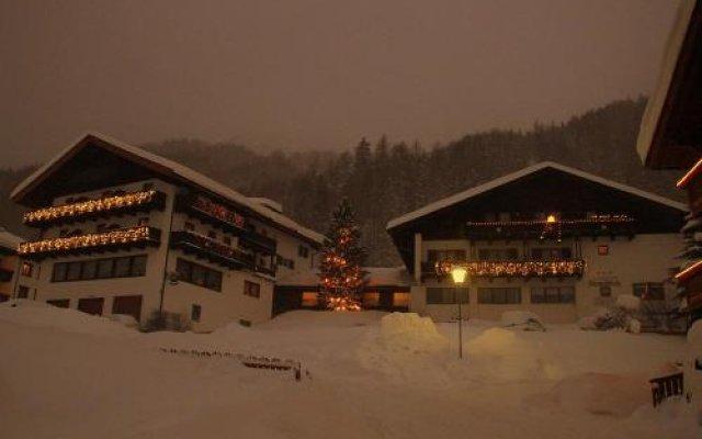 Отель Alpenblick Италия, Горнолыжный курорт Ортлер - отзывы, цены и фото номеров - забронировать отель Alpenblick онлайн вид на фасад