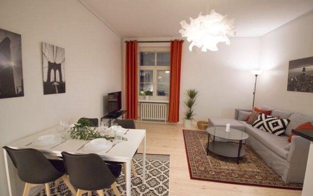Отель 2ndhomes Helsinki Fredrikinkatu Apt Финляндия, Хельсинки - отзывы, цены и фото номеров - забронировать отель 2ndhomes Helsinki Fredrikinkatu Apt онлайн комната для гостей