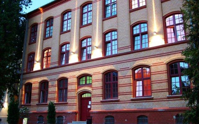 Hotel Die Schule вид на фасад