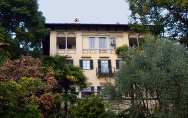 Отель Villa della Quercia Италия, Вербания - отзывы, цены и фото номеров - забронировать отель Villa della Quercia онлайн вид на фасад