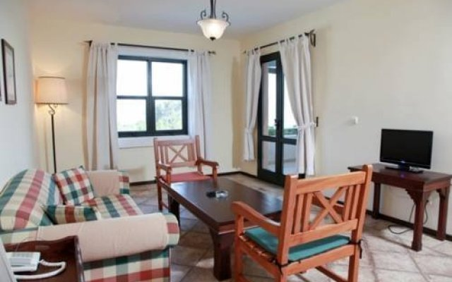 Отель Pinepark Holiday Club комната для гостей