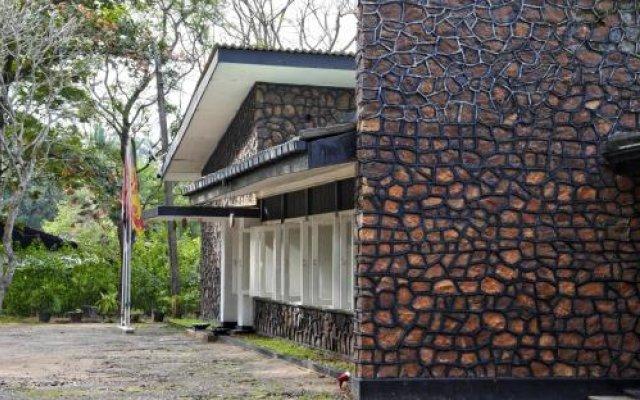 Отель Heritage Medawachchiya Resort Шри-Ланка, Анурадхапура - отзывы, цены и фото номеров - забронировать отель Heritage Medawachchiya Resort онлайн вид на фасад