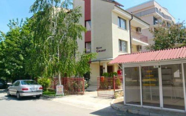 Отель Guest House Granat Солнечный берег вид на фасад