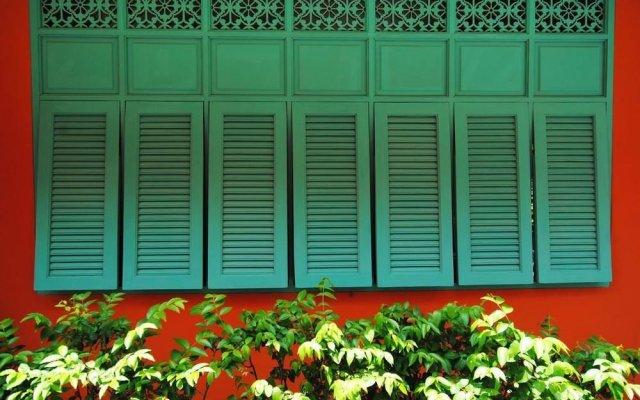 Отель Focal Local Bed And Breakfast Бангкок вид на фасад