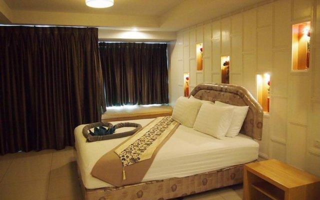 Отель Baramee-Partners Guesthouse комната для гостей