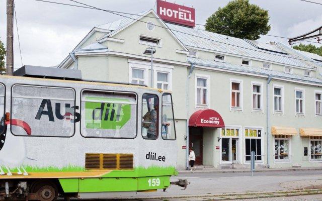 Отель Economy Hotel Эстония, Таллин - - забронировать отель Economy Hotel, цены и фото номеров городской автобус