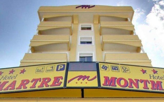 Hotel Montmartre Римини вид на фасад