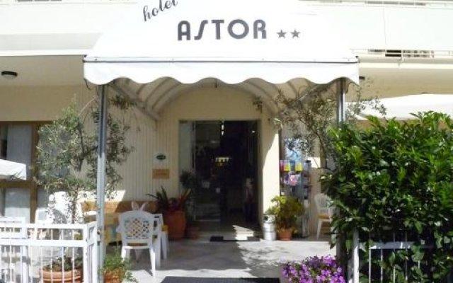 Отель Astor Италия, Риччоне - отзывы, цены и фото номеров - забронировать отель Astor онлайн вид на фасад