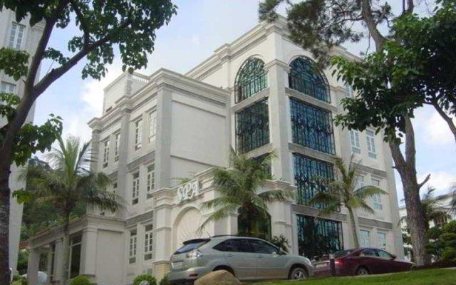 Отель Royal Villas вид на фасад