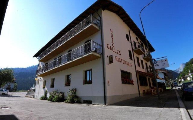 Hotel Galles Кьюзафорте вид на фасад