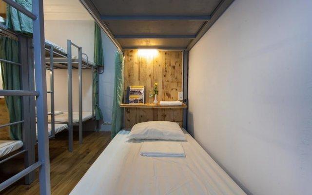 Отель Hanoi Home Backpacker Hostel Вьетнам, Ханой - отзывы, цены и фото номеров - забронировать отель Hanoi Home Backpacker Hostel онлайн вид на фасад