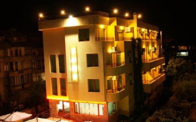 Отель Guest House Sany вид на фасад