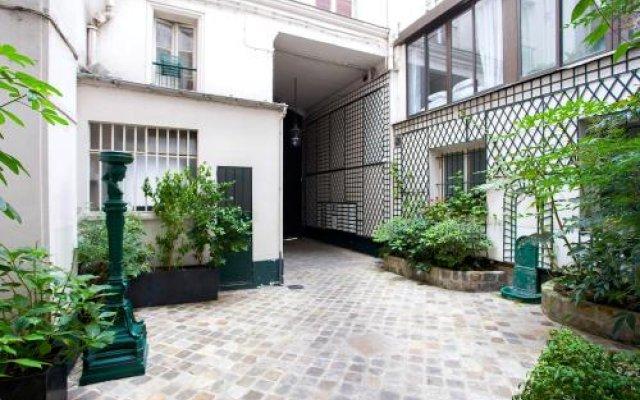 Отель Rambuteau Франция, Париж - отзывы, цены и фото номеров - забронировать отель Rambuteau онлайн вид на фасад