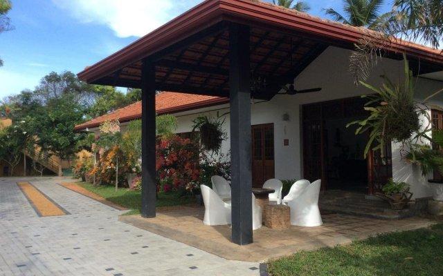 Отель Abeysvilla вид на фасад