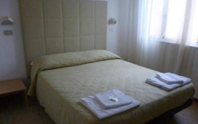 Hotel Fiorana комната для гостей