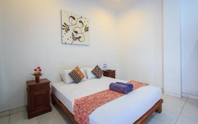 Отель RedDoorz @ Melati Kartika Plaza комната для гостей