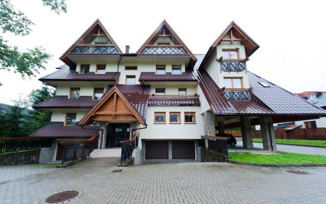 Отель Apartament Centrum Закопане вид на фасад