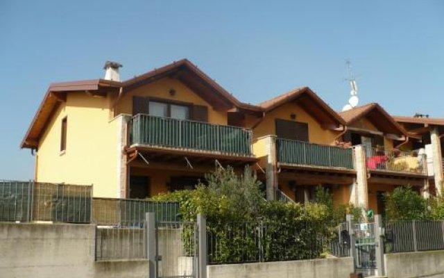Отель Casa Silvia Италия, Манерба-дель-Гарда - отзывы, цены и фото номеров - забронировать отель Casa Silvia онлайн вид на фасад