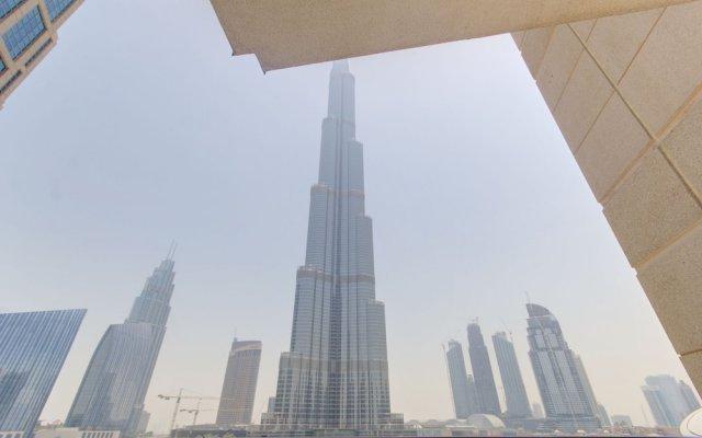 Отель DHH Standpoint Дубай вид на фасад