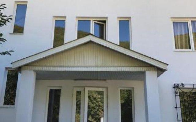 Гостевой дом Докса Красная Поляна вид на фасад