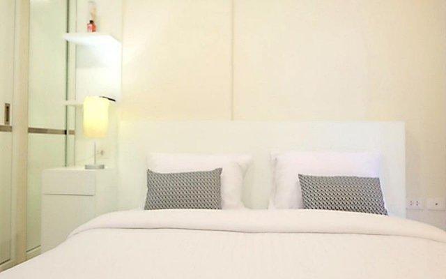 Отель The Base Residence Phuket Town By Moni Пхукет комната для гостей
