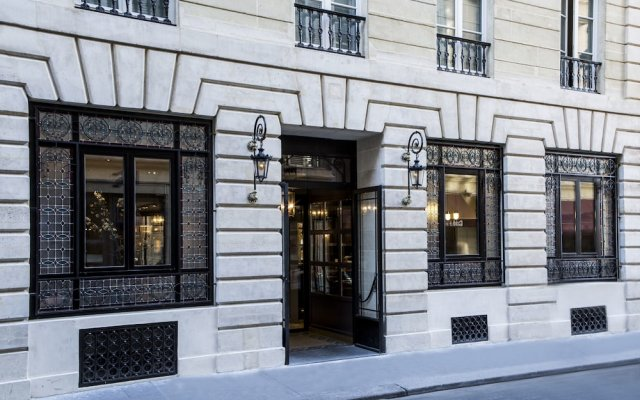 Hotel de la Tamise Париж вид на фасад