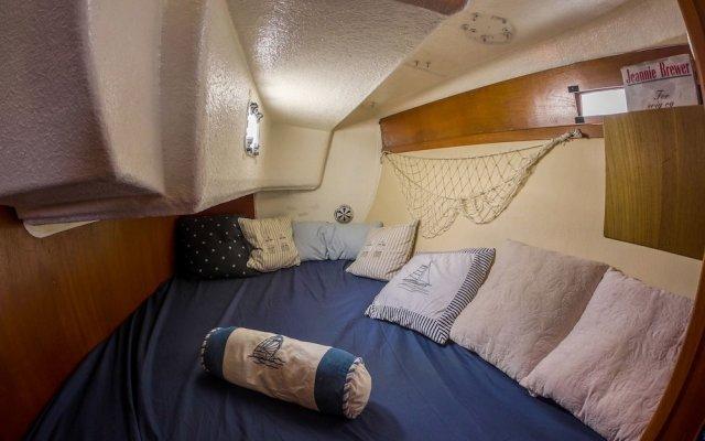 Отель Norwavey, Sleep in a Boat комната для гостей