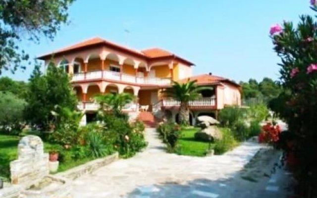 Отель Grivas House Греция, Ситония - отзывы, цены и фото номеров - забронировать отель Grivas House онлайн вид на фасад