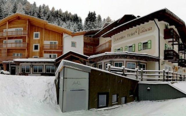 Hotel Valacia Долина Валь-ди-Фасса вид на фасад