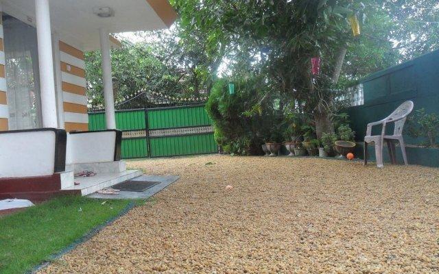 Отель Lotus Villa Шри-Ланка, Бентота - отзывы, цены и фото номеров - забронировать отель Lotus Villa онлайн вид на фасад