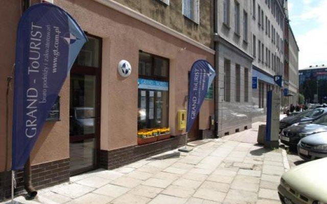 Отель Grand-Tourist Anker Gate Apartments Польша, Гданьск - отзывы, цены и фото номеров - забронировать отель Grand-Tourist Anker Gate Apartments онлайн вид на фасад