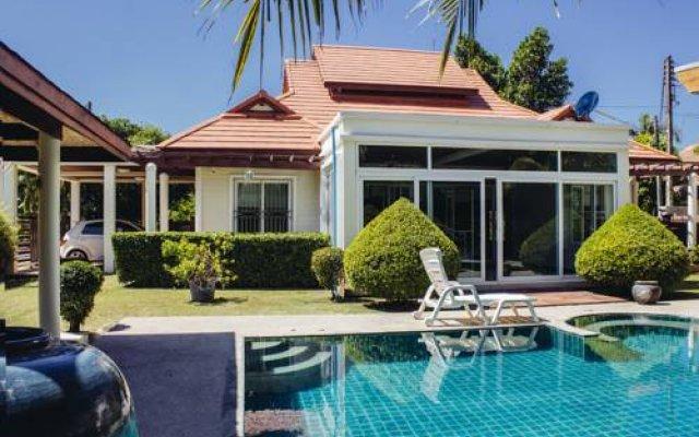 Отель Privat Pool Villa 3 Br. бассейн