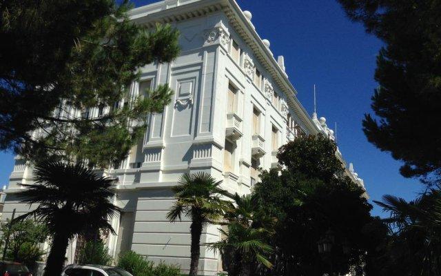 Отель Апарт-Отель Residenza Grand Hotel Riccione Италия, Риччоне - отзывы, цены и фото номеров - забронировать отель Апарт-Отель Residenza Grand Hotel Riccione онлайн вид на фасад